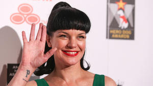 american-humane-association-hero-dog-awards-10-06-2012-pauley-perrette-32402353-3000-2000